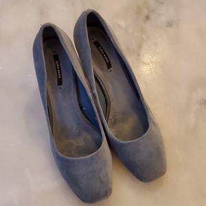 Brand New Zara baby blue velvet pumps